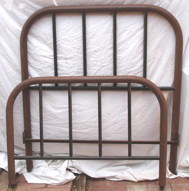 Queen size metal bed frames for sale for Queen size bed frames for sale